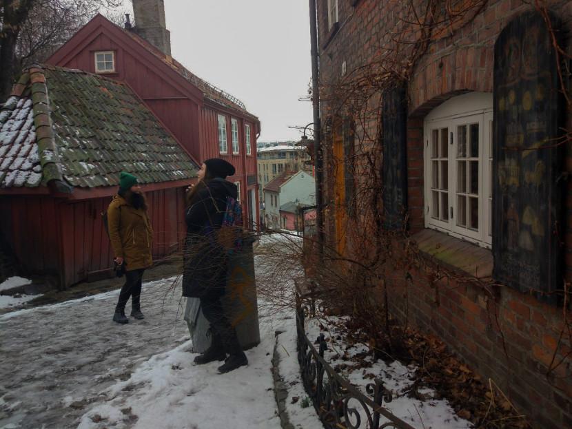 Интересные улицы Damstredet и Telthusbakken в Осло
